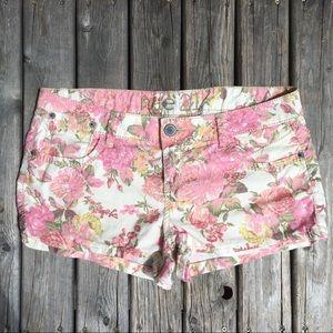 💥5/$25 Rue21 Floral Print Shorts